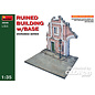 MiniArt Ruined Building w/Base  - 1:35