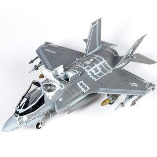 Academy Lockheed-Martin F-35B Lightning II VMFA-121 Green Knights USMC - 1:72