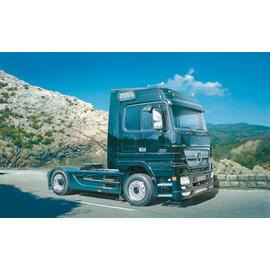 Italeri Italeri - Mercedes-Benz ACTROS Black Edition - 1:24