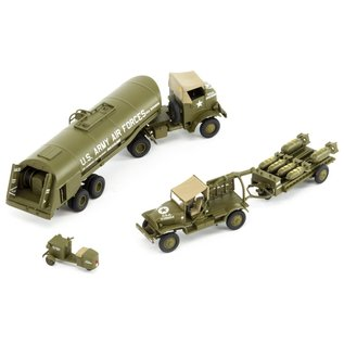 Airfix WWII USAAF 8th Bomber Resupply Set - 1:72