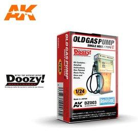 AK Interactive Doozy! - Old Gas Pump Single Hose / Type C - 1:24