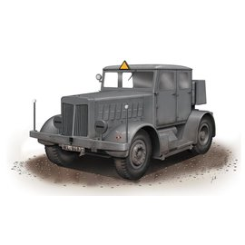 Special Armour Special Armour - schwerer Radschlepper SS-100 Gigant - 1:72