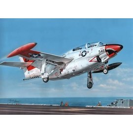 "Special Hobby Special Hobby - North American T-2 Buckeye ""Red & White Trainer"" - 1:32"