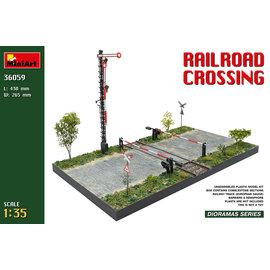 MiniArt MiniArt - Railroad crossing - 1:35