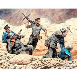 Master Box Master Box - Soviet Marines and German Infantry, Hand t o hand Combat, 1941-1942 - 1:35