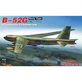"""Modelcollect Modelcollect - B-52G early type """"Operation Linebacker II"""" - 1:72"""
