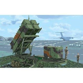 "Dragon MIM-104C Patriot Surface-to-Air Missile (SAM) System (PAC-2) - ""Black Label Series"" - 1:35"