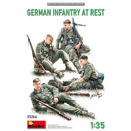 MiniArt MiniArt - German Infantry at rest - 1:35