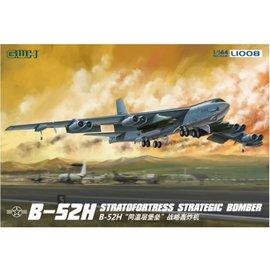 Great Wall Hobby  G.W.H. - B-52H Stratofortress Strategic Bomber - 1:144
