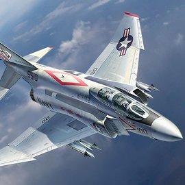 Academy Academy - McDonnell Douglas F-4J Phantom II - VF-102 Diamondbacks - 1:48