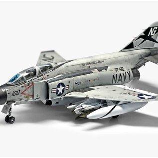 "Academy McDonnell Douglas F-4J Phantom II - VF-96 ""Showtime 100"" - 1:72"