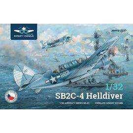 Infinity Models Infinity Models - Curtiss SB2C-4 Helldiver - 1:32