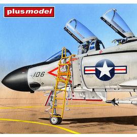 Plusmodel Plusmodel - Ladder / Einstiegsleiter F-4 Phantom II - 1:48
