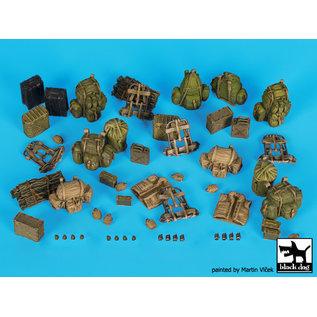 Black Dog US Army (Vietnam) equipment accessories set - 1:35
