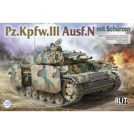 TAKOM TAKOM - Pz.Kpfw.III Ausf. N mit Schürzen - 1:35