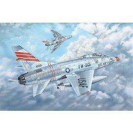 Trumpeter Trumpeter - North American F-100C Super Sabre - 1:32