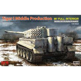 Ryefield Model RFM - PzKpfw. VI Tiger Ausf. E (middle production) - w/full Interior - 1:35