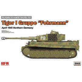 "Ryefield Model RFM - PzKpfw. VI Tiger Ausf. E Gruppe ""Fehrmann"" April 1945 Northern Germany - 1:35"
