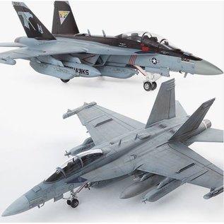 """Academy Boeing EA-18G Growler VAQ-141 """"Shadow Hawks"""" - 1:72"""