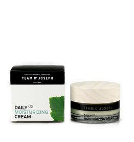 Team Dr. Joseph Daily Moisturizing Cream