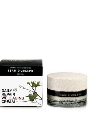 Team Dr. Joseph Daily Repair Well Aging Cream