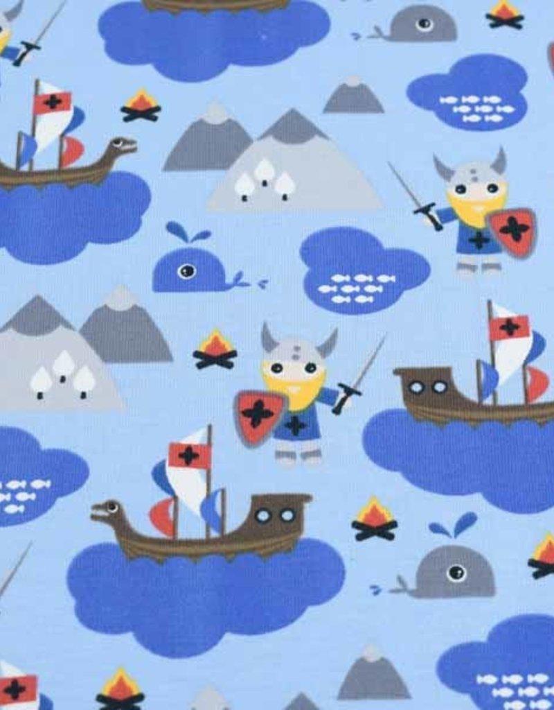 100x150 cm katoen tricot vikingen op zee lichtblauw