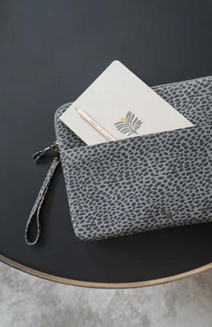 ZUSSS ZUSSS - Laptopcover grijs 13 inch