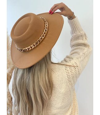 Pure Sense THE FALL HAT WITH GOLDEN CHAIN BEIGE