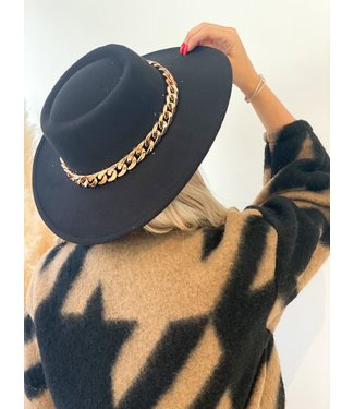 Pure Sense THE FALL HAT WITH GOLDEN CHAIN BLACK