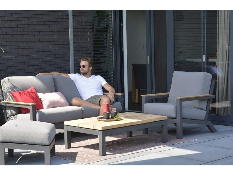 4 Seasons Outdoor Capitol Loungeset 4-teilig mit Teak Tisch