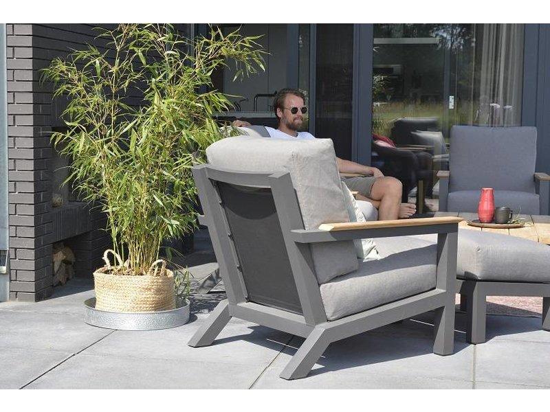 4 Seasons Outdoor Capitol Loungeset 4-Delig met teak tafel