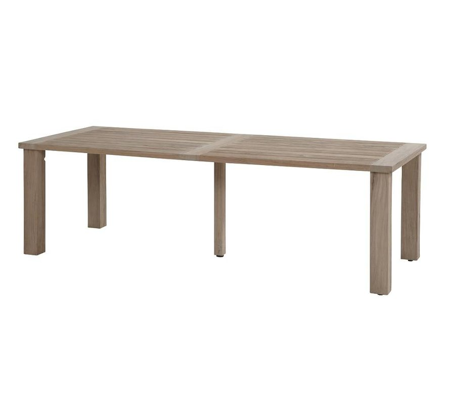 Osborn Sand wicker tuinstoel met 4 Seasons Outdoor Louvre teak tafel