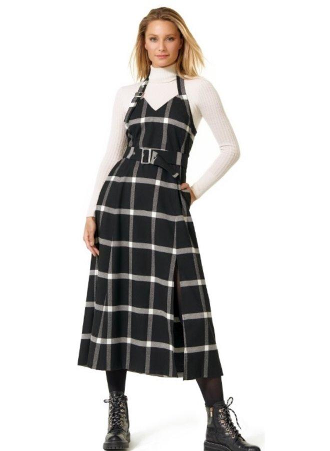 Caroline Biss - soepelvallende overgooier jurk