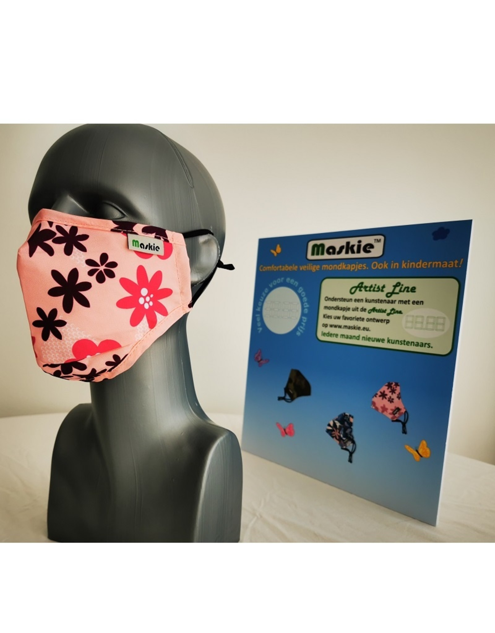 Maskie mask: Pink with Flowers