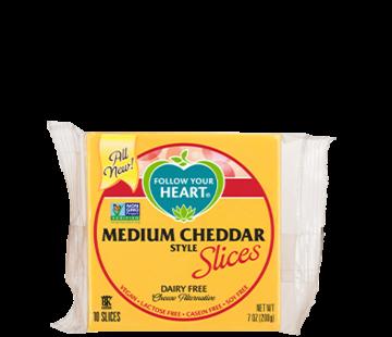 Follow your Heart Medium Cheddar tranches (12 x 200g)