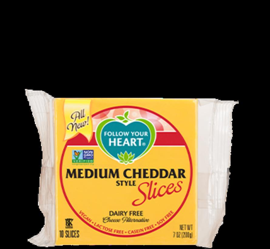 Medium Cheddar slices (12 x 200g)