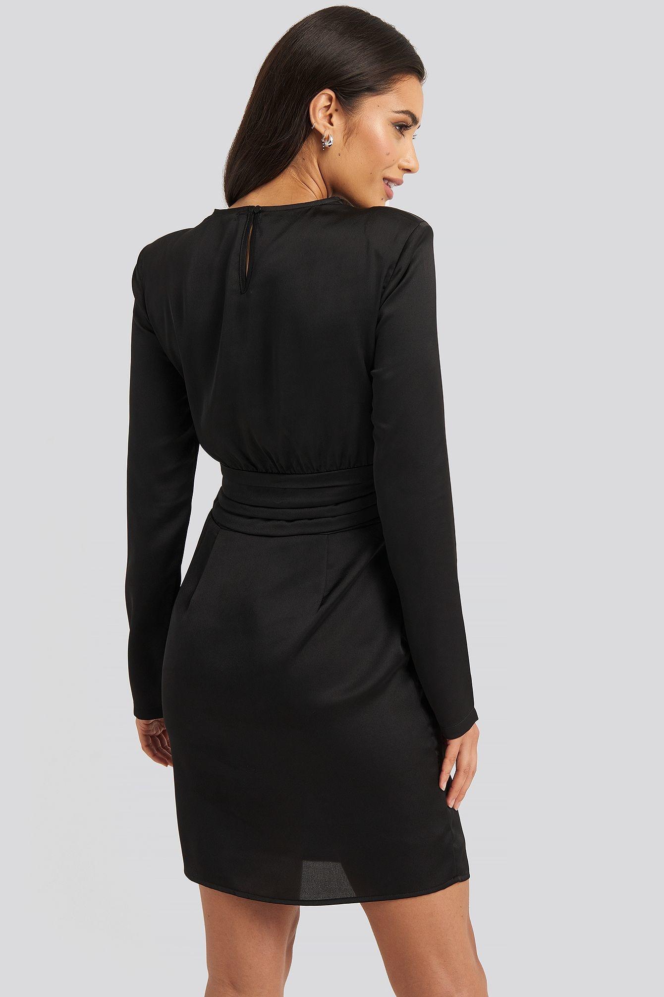 NA-KD NA-KD Padded Shoulder Overlap Mini Dress Black