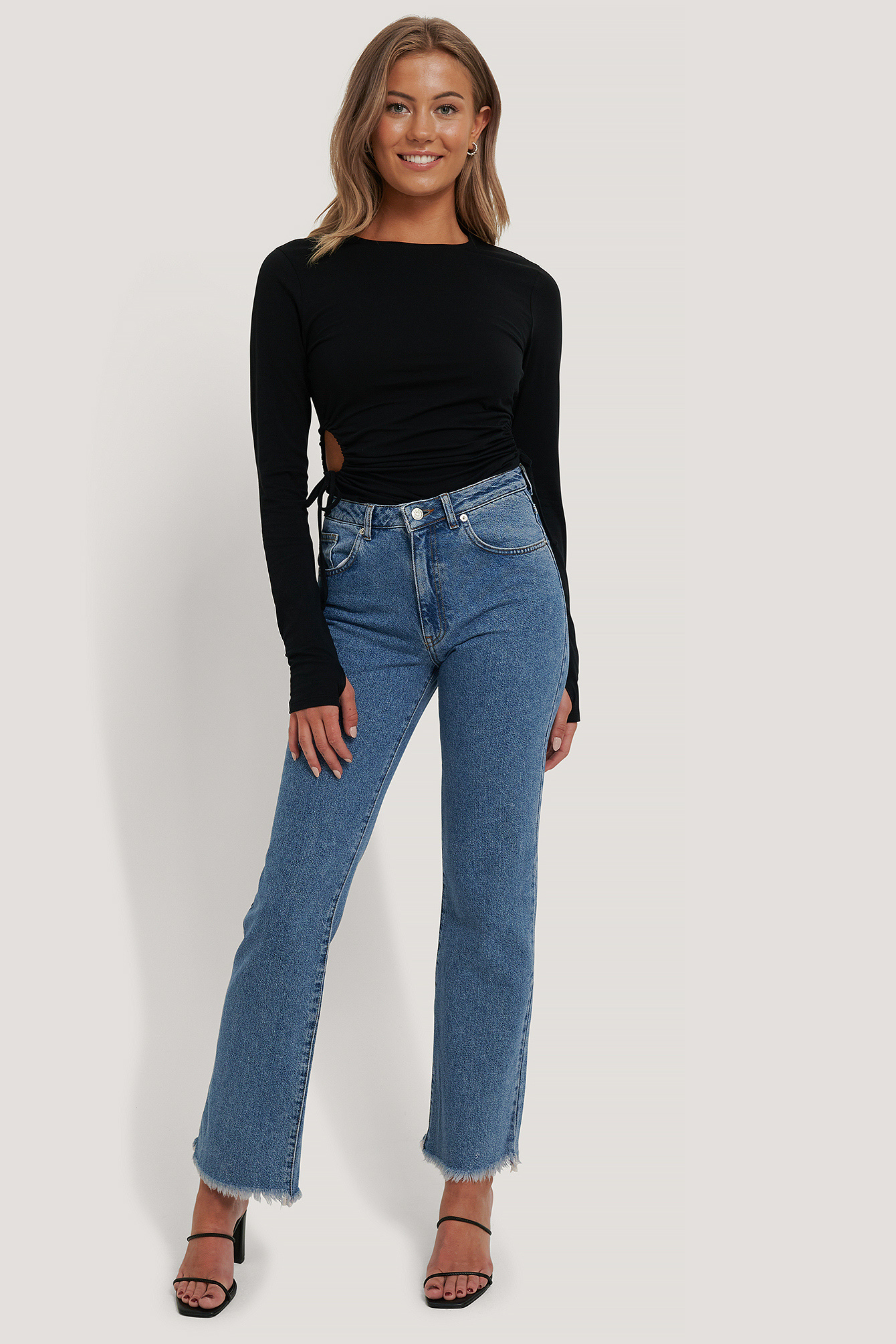 NA-KD Relaxed Bootcut Jeans
