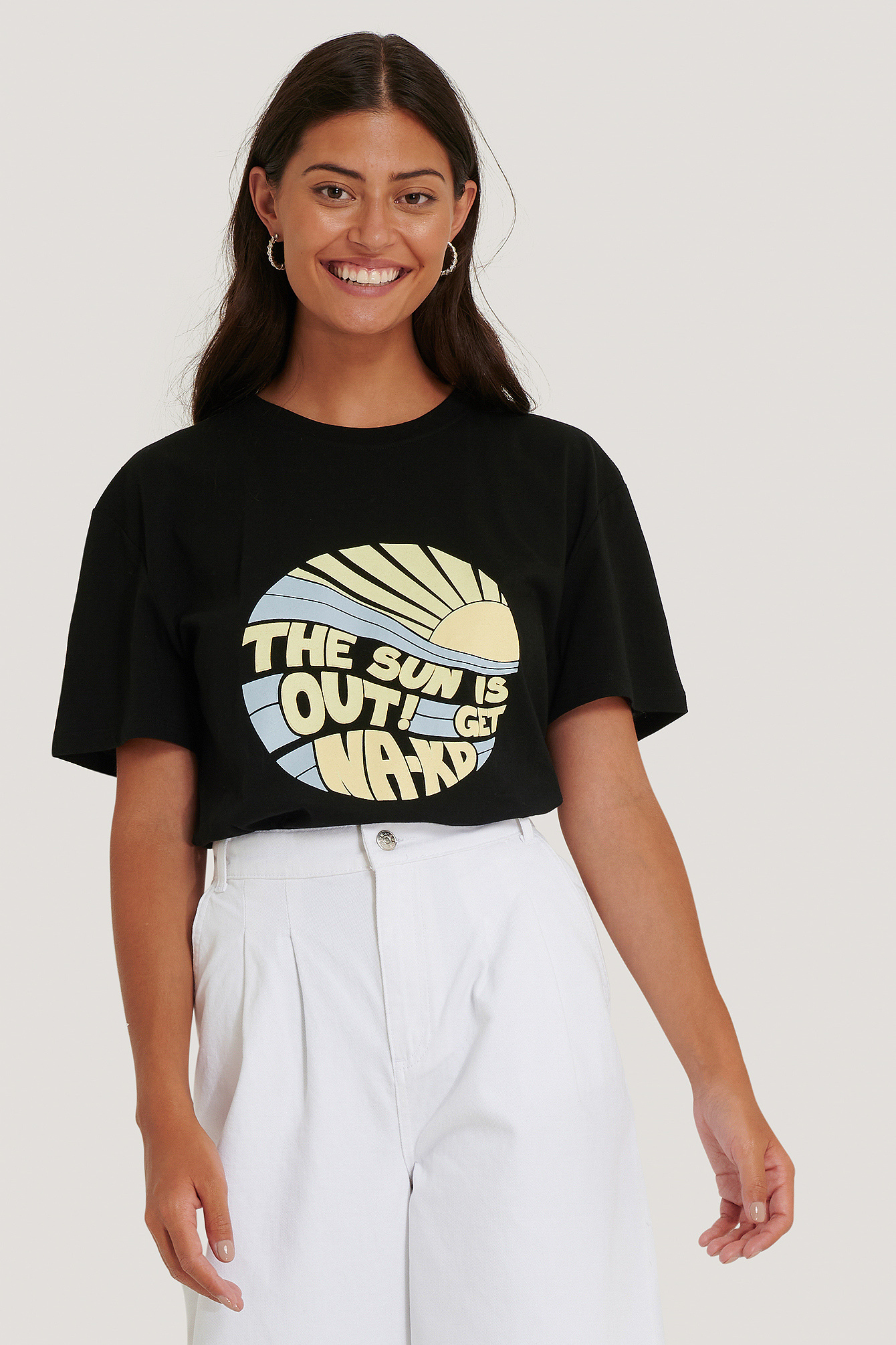NA-KD Sun Is Out T-Shirt