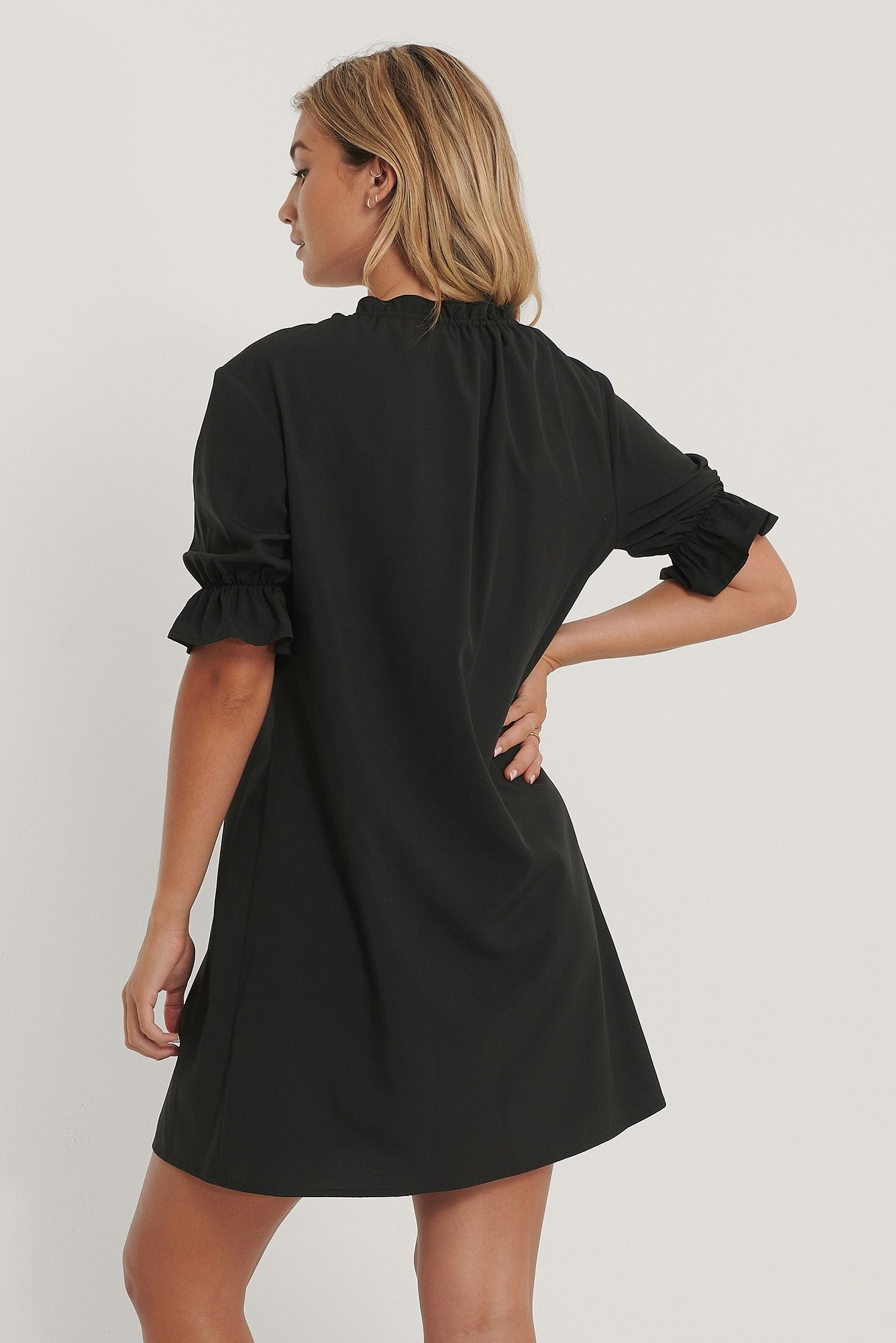NA-KD Drawstring Neck Dress