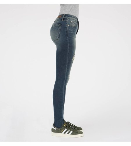 AOS Los Angeles Sarah Ankle Skinny Hartford