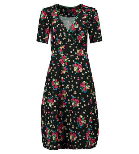 Tante Betsy Dress Auntie Midi Alpen Wiese Black