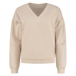 NIKKIE Punta Classic Sweater
