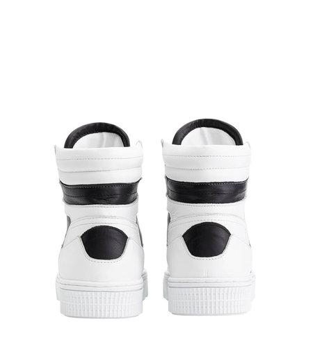 NIKKIE Livia Sneaker Black