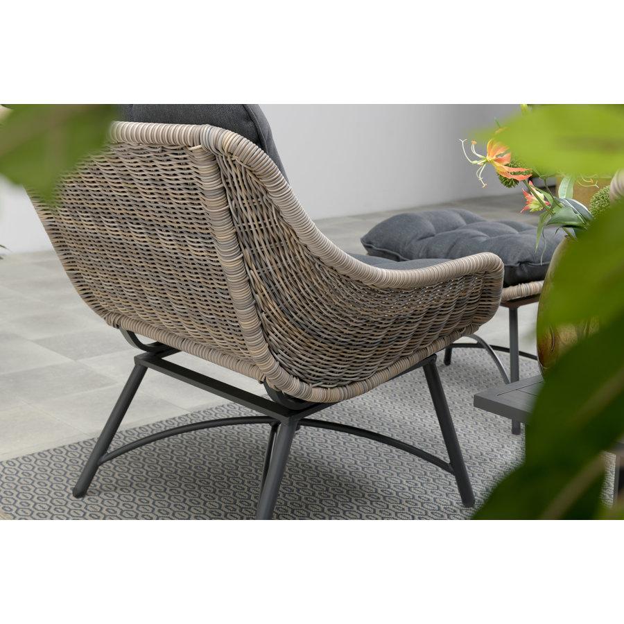 Loungestoel met voetenbankje-2