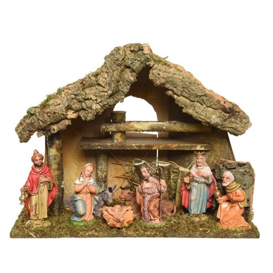 Kerststal met 8 figuren +-12cm  27x17x26cm-1
