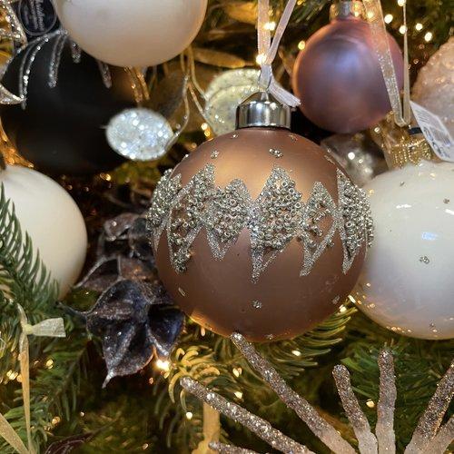 Bewerkte kerstballen