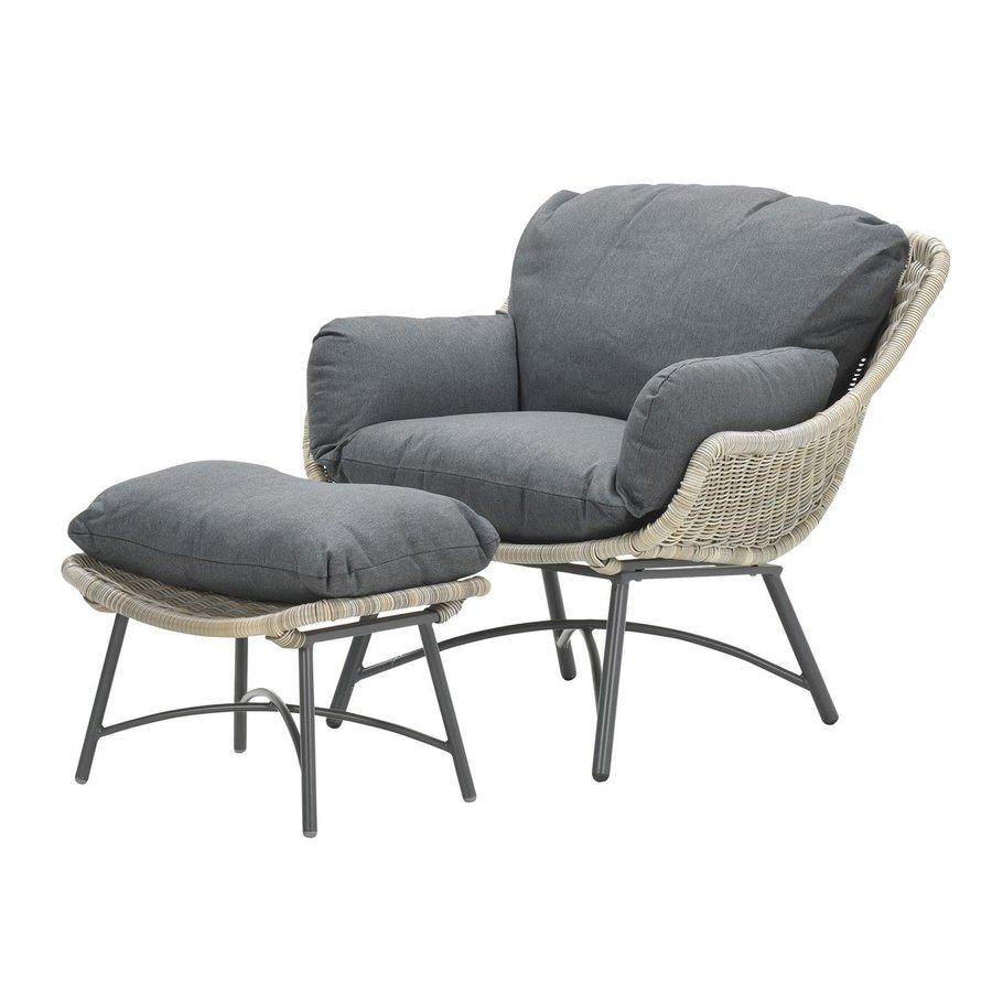 Logan fauteuil met voetenbank-1