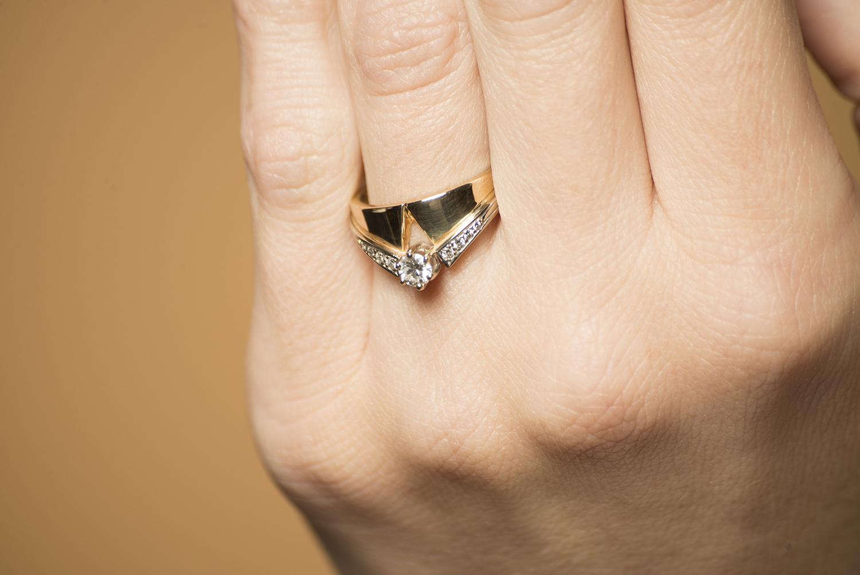 Geelgouden ring met diamanten - Trio-2