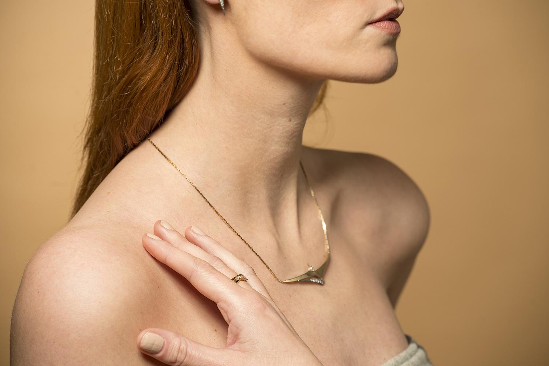 Geelgouden ketting met diamanten - Trio-2